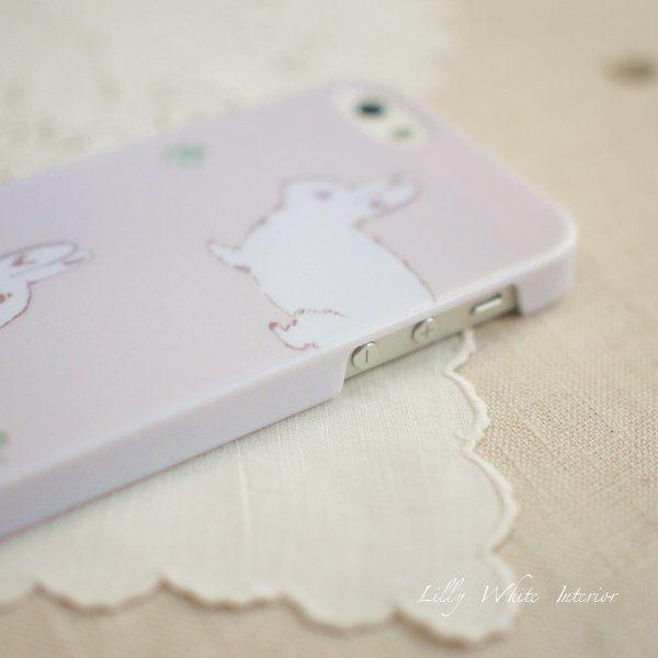 ラビット&クローバー iPhoneケース / iPhoneカバー