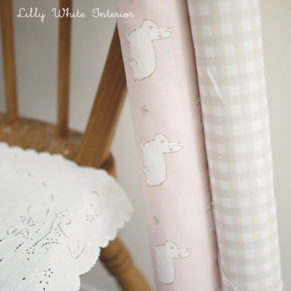 Lilly White Designs -Rabbit & Clover- blossom pink ラビット&クローバー(ブロッサムピンク)生地