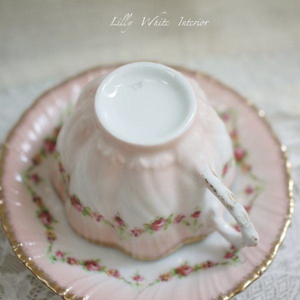 Victorian ヴィクトリアン ピンクローズのガーランド*ヴィンテージカップ&ソーサー トリオ